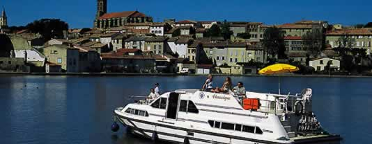 self drive canal boats Castelnaudary