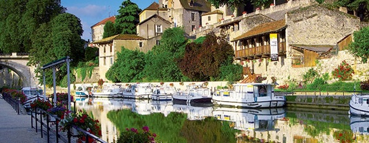 self drive canal boats Cognac
